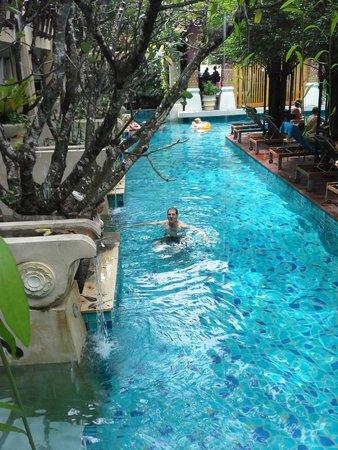 Burasari Resort : pool