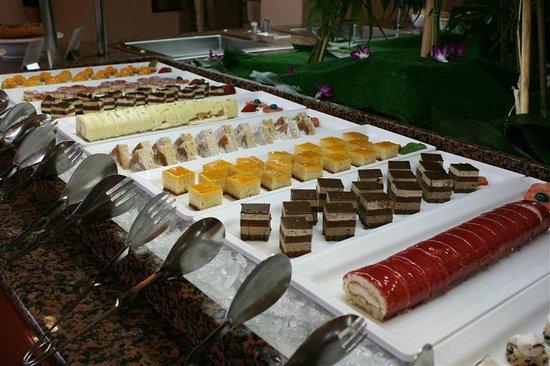 H10 Conquistador: dessertenbuffet