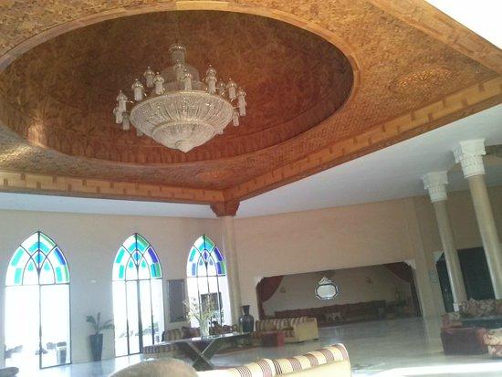 Marrakech Ryads Parc & Spa : Le plafond de l'hôtel