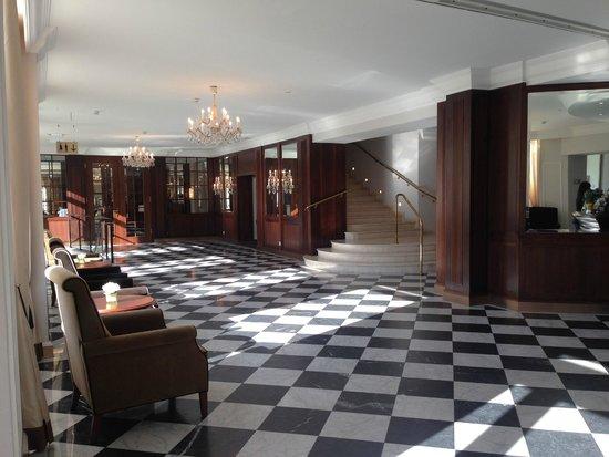 Austria Trend Parkhotel Schoenbrunn Vienna : schöner Empfangsbereich