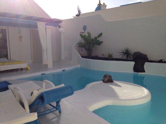 Katis Villas Boutique Fuerteventura: Poolside