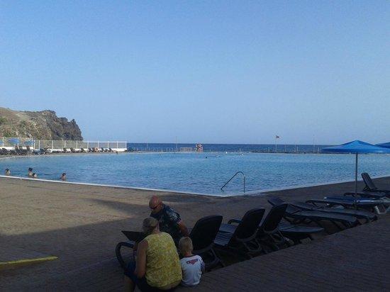 Alborada Beach Club: Piscine