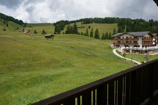 Hotel Saltria - true alpine living: panorama