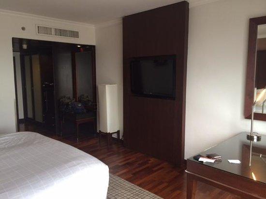 Pullman Bangkok Hotel G : Spacious room