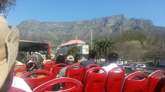 City Sightseeing: Table Mountain from the Red Bus