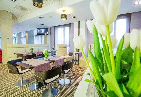 Park Hotel Diament Wroclaw: Bar