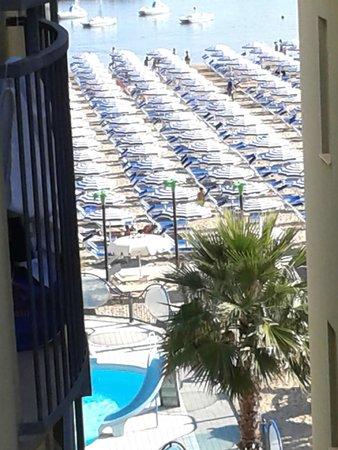 Vista dalla camera - Picture of Hotel Belsoggiorno, Cattolica ...