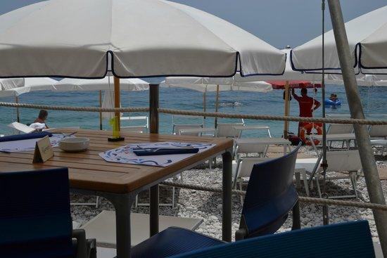 La Spiaggetta dei Balzi Rossi: Spiaggetta dei Balzi Rossi - ristorante
