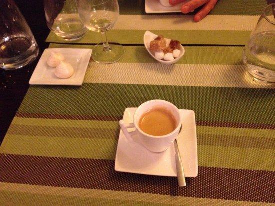 O Saveurs : Café et meringues maison