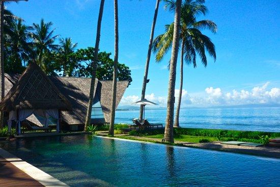 The Chandi Boutique Resort & Spa: вид с бассейна на океан