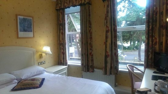 Elstead Hotel: Double-bed guest room
