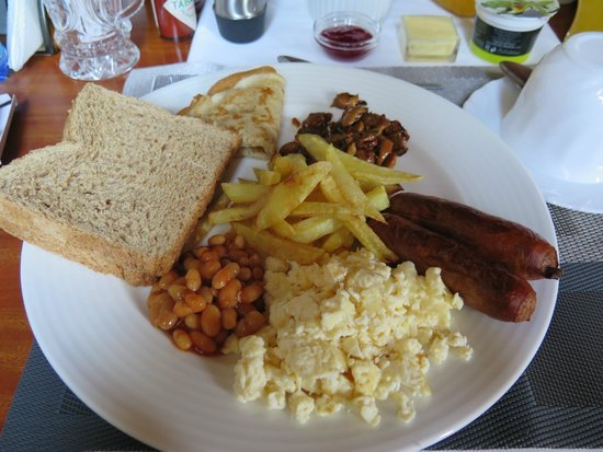 Lavington Hill House: breakfast