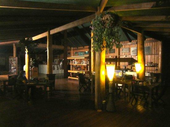 Jabiru Safari Lodge: Lodge inside