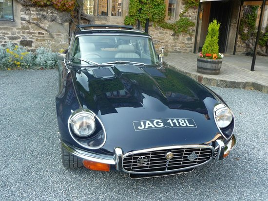 Headlam Hall Hotel Spa & Golf: Our ETYPE Jaguar for the day.