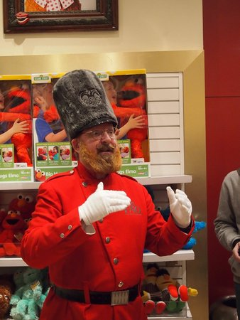 FAO Schwarz: Toy Solider Roy - FANTASTIC! ~ Toy Soldier Breakfast