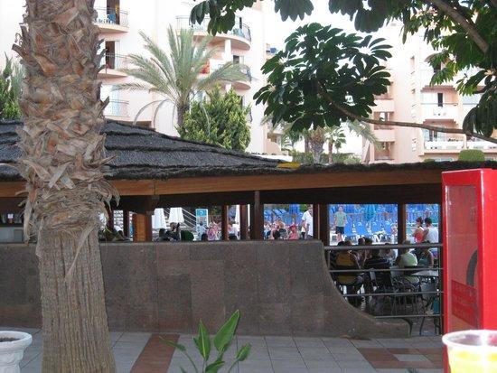 Dunas Mirador Maspalomas: Bar de la piscina