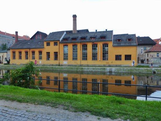 Historic Center of Cesky Krumlov: riverbank