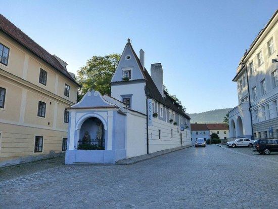 Historic Center of Cesky Krumlov: old house