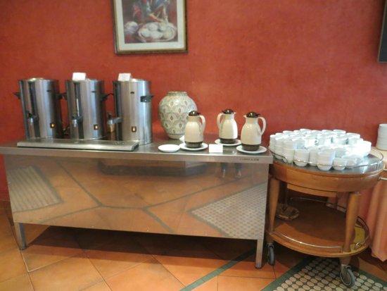 Golden Tulip Farah Marrakech: Ontbijt: warme dranken