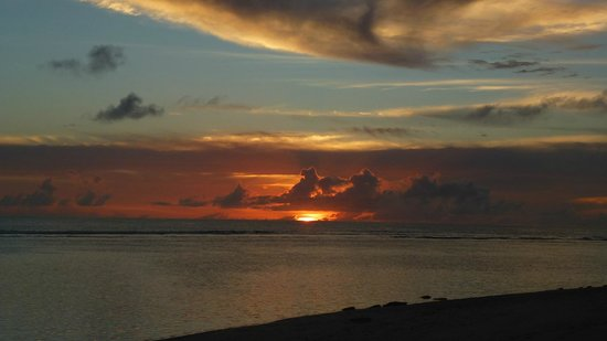 Matamanoa Island Resort : Sunset @ Matamanoa