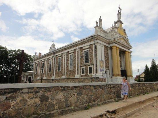 Ukmerge, Lithuania: Костёл Святых Апостолов Петра и Павла  , Укмерге, Литва