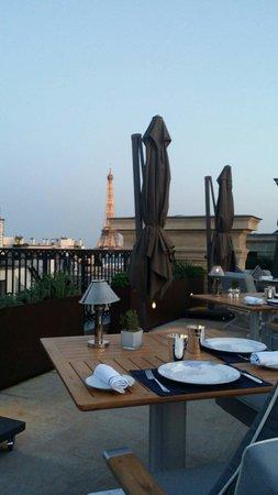 The Peninsula Paris: Roof Top Restaurant