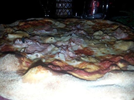 La Bruschetta : Pizza