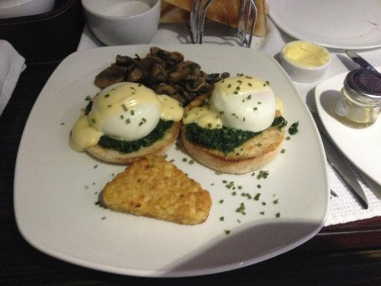 Cranleigh Boutique : Eggs Benedict
