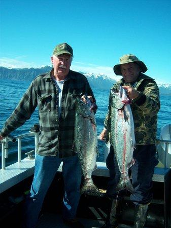Alaskan Fishing Adventures Accommodation : Early Season Salmon