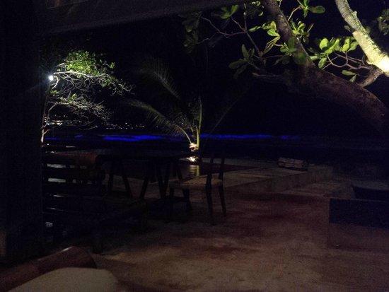 Zazada Beach Club: Beautiful view overlooking the beach