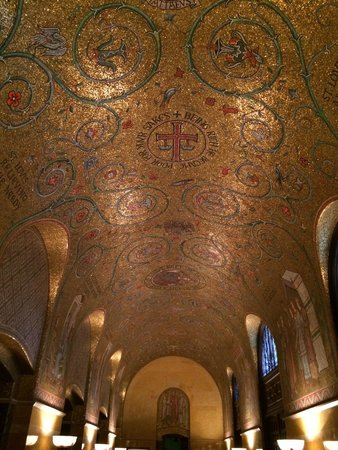 Cathedral Basilica of Saint Louis: entrance ceiling