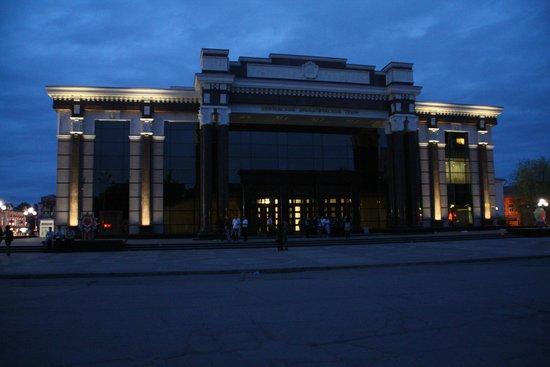 The Penza Regional Drama Theater of A.V. Lunacharskiy: Первый в истории Пензы театральный сезон был открыт 24 ноября 1793