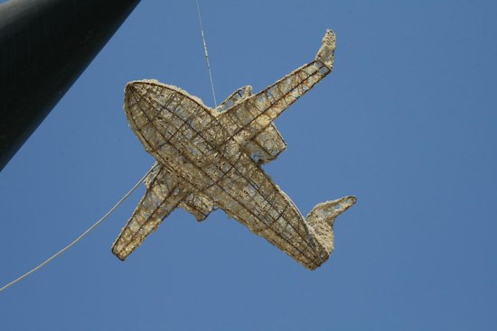 New Fly Restaurant : И даже миниатюры-самолеты