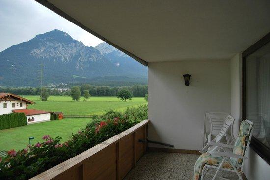 Hotel Cafe Zillertal: Terraza