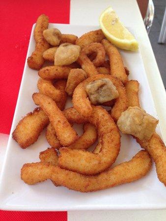 Lizarran: Ración rabas de calamar y cazón en adobo 5,90€