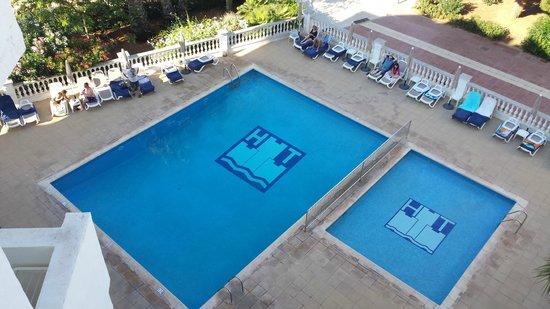 Hotel Tres Torres: Pool