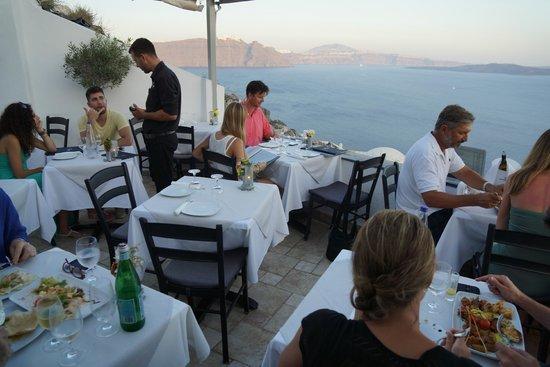 floga: dining area