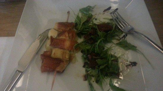 Divin Porcello - Budapest: spiedino mozzarella prosciutto e zucchine