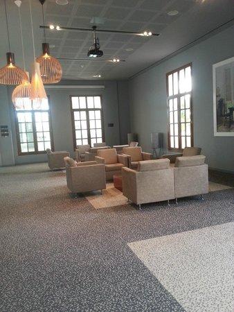 Le Meridien Ra Beach Hotel & Spa: Salon
