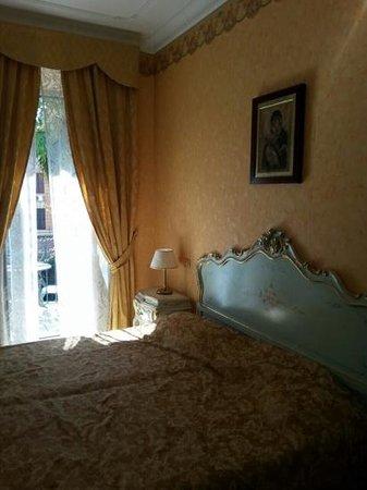 Villa San Lorenzo Maria Hotel: camera