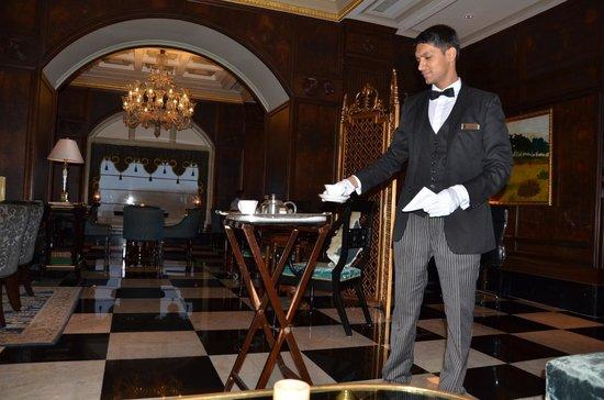 The Taj Mahal Palace: masala tea... with the gloves