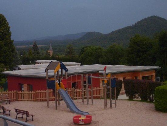 VVF Villages Le Fraisegoutte: vue de la terrasse