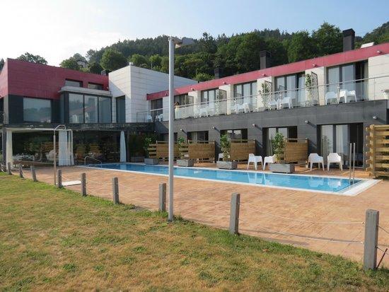 Hotel Arbe: Hotel met zwembad