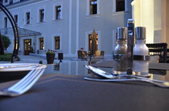 Hotel Zamek Lubliniec: Abendessen mit Abendatmosphäre