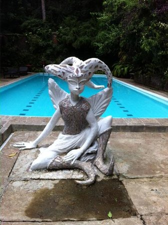 Helga's Folly: Fairies guard the pool