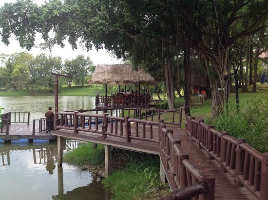 Pasak Hillside Resort: View of unnatural lake