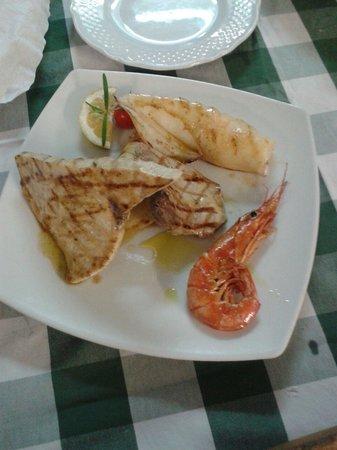 Eleonora Ristorante Pizzeria: Grigliata mista di pesce