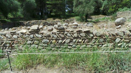 Ancient Olympia: Wall