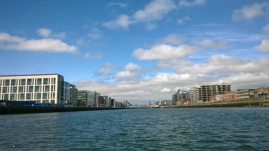 Dublin Discovered Boat Tours: Dublin on a clear day