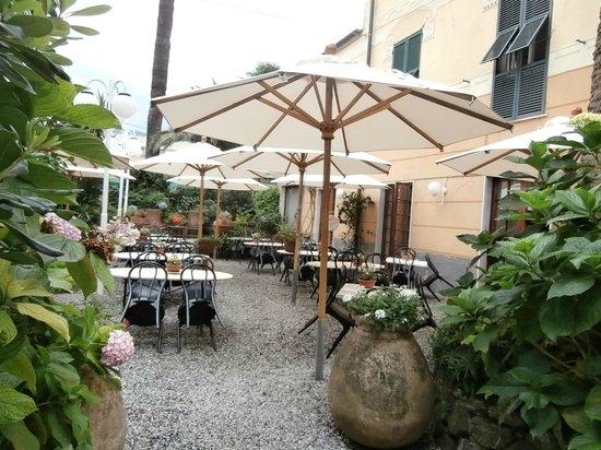 Hotel Nazionale : Lovely garden